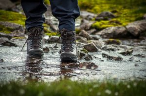 best waterproof work shoes